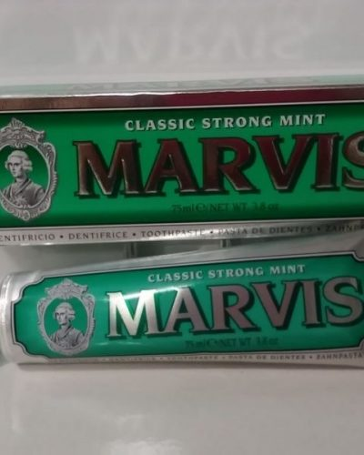 Marvis Dentífrico Classic Strong Mint, 75ml.